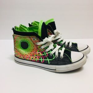 Converse All Star High Top Shoes Size 4